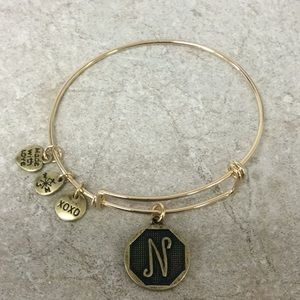 Jewelry - NWT Wire Bangle Bracelet - N (Gold)